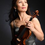 8/ 14(月)・15(火) の2日間は 世界で活躍する 徃住めぐみ さんのバイオリン コンサート 🎻